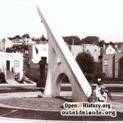 Giant Sundial in Ingleside Terraces, 1926