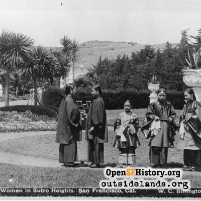 Sutro Heights. Chinese women near Venus de Milo Statue